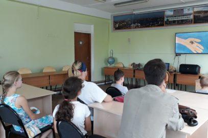 Традиционный показ мультфильмов от студии «Ручеёк» и мастер-класс по мультипликации  в день открытия творческого сезона Дворца детского творчества г. Владивостока